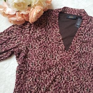 Liz Claiborne ratio blouse J